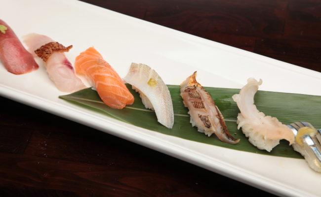 Super Deluxe Sushi Sampler(10 pcs)